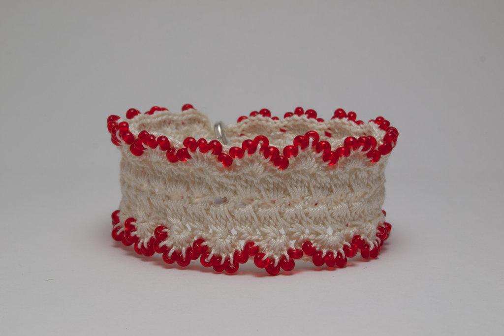 Red Rocaille Cordonnet Bracelet